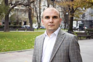 Илхан Кючюк от Либералния алианс (ДПС) в ЕП, който защитава проевропейската позиция в дебата. (© European Parliament - Audiovisual Unit)