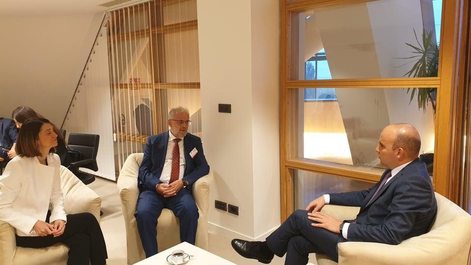 Работна среща с председателя на парламента на Северна Македония Талат Джафери